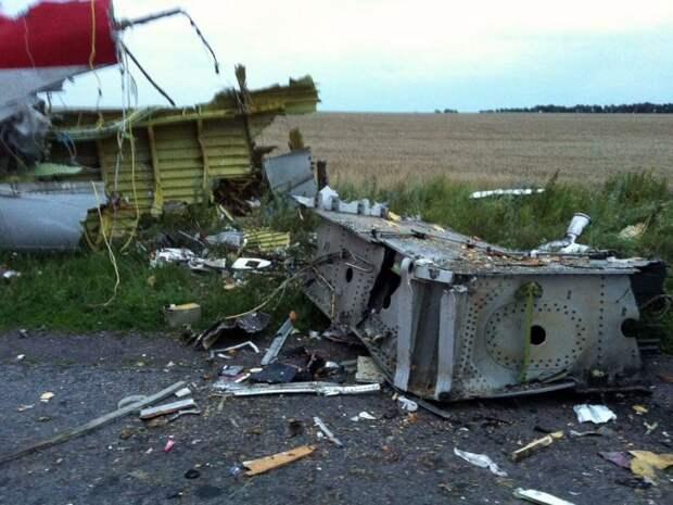 Эксперт: последние 3 минуты рейса MH17 раскрывают причину крушения Boeing, скрываемую Западом