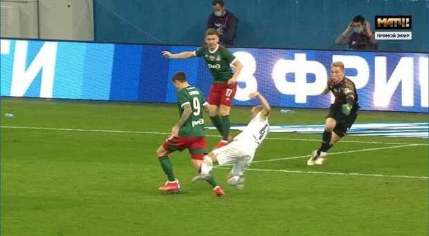 Смолов заработал и реализовал пенальти в финале КР. У него 7 голов в 11 играх весной