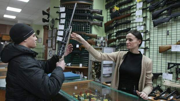 Адвокат прокомментировал идею ужесточить контроль за оборотом оружия