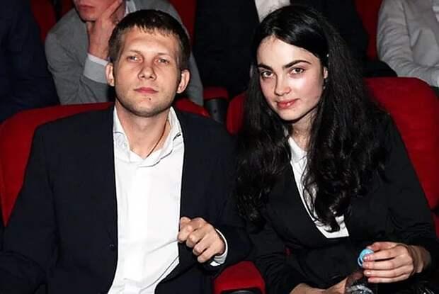 """""""Самая красивая девочка на свете!"""": Борис Корчевников впервые рассказал о тайной экс-жене"""