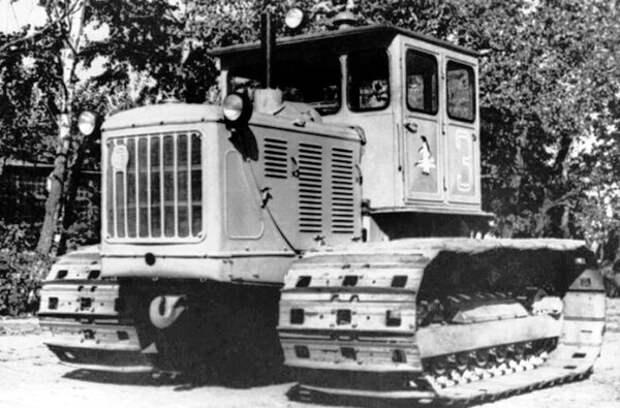 """Трактор """"Сталинец"""" С-100А"""