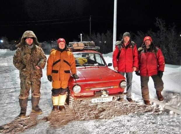 Слева направо: Дубовой Михаил, Меньшиков Андрей, Еликов Александр, Кулик Дмитрий. авантюра, интересное, путешествие