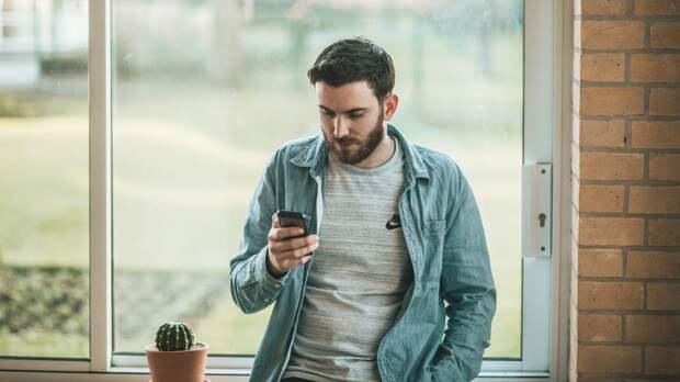 IT-специалист перечислил самые популярные способы обмана по телефону