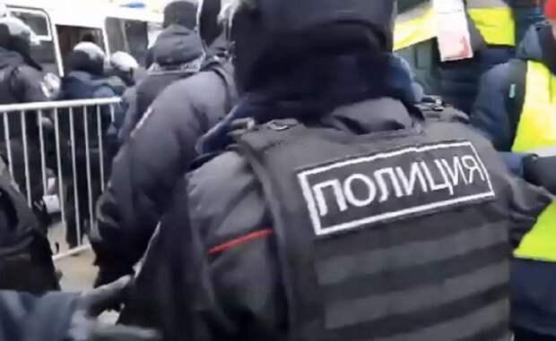 МВД предупредило россиян о последствиях участия в несогласованных акциях