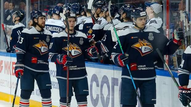 «Металлург» победил «Барыс» в первом матче плей-офф КХЛ. Команды забросили друг другу 11 шайб