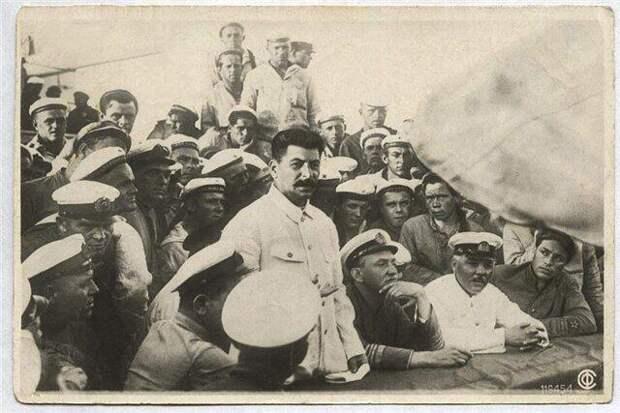 Сталин и рождение Украины