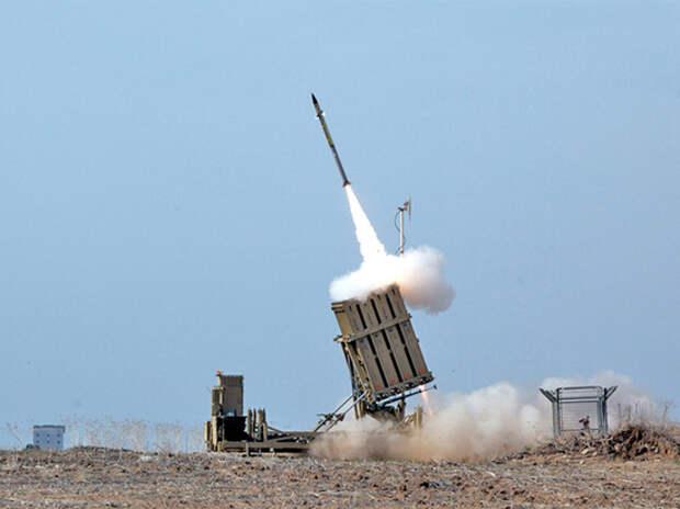 Гарантированно уничтожает ракеты на большой высоте
