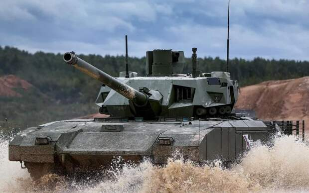 В США признали превосходство российского танка-робота Т-14 над M-1 Abrams