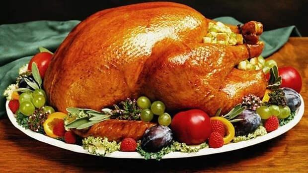 К Рождеству: гусь с яблоками или индейка с изюмом? Решаете сами!