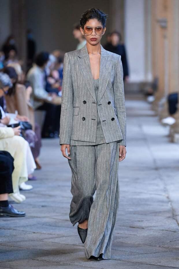 Новая коллекция Max Mara весна-лето 2021: детали модного показа (+20 фото)