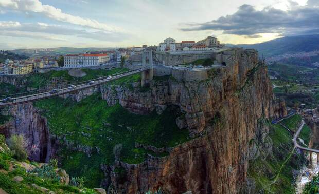 Константина, Алжир - город на горе