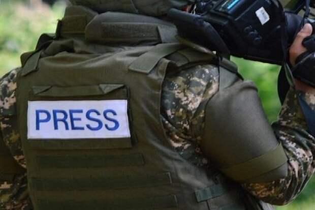 Нападения на журналистов на Украине стали обычным делом