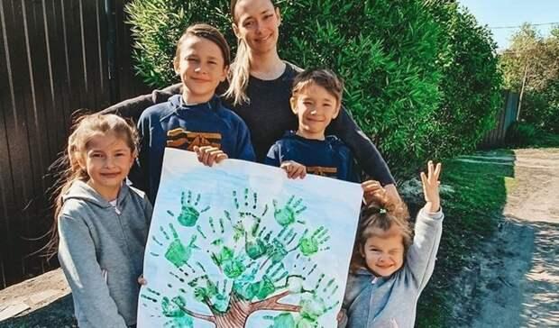 Победителей конкурса рисунков «Сад памяти» пригласят всей семьей в июне в Брест