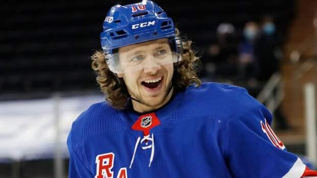 Панарин и Варламов вошли в тройку лучших игроков дня НХЛ