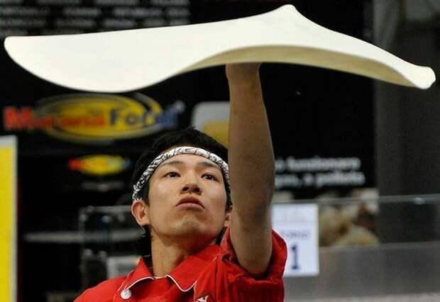 Чемпионат по приготовлению пиццы (9 фото)