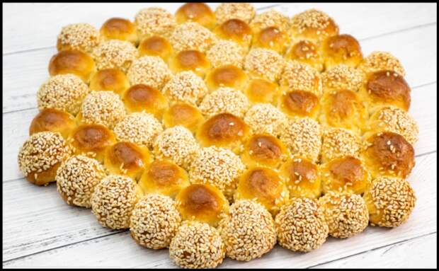 Делюсь рецептом пузырчатого хлеба с двумя видами молока и без яиц: мягкий, воздушный и по вкусу как молочный батон!