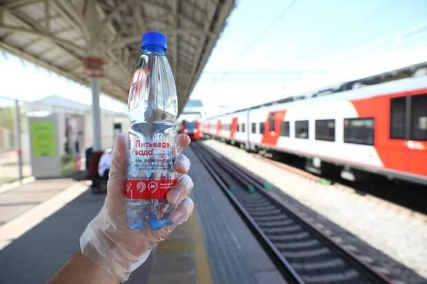 На станции «Окружная» снова начали раздавать воду