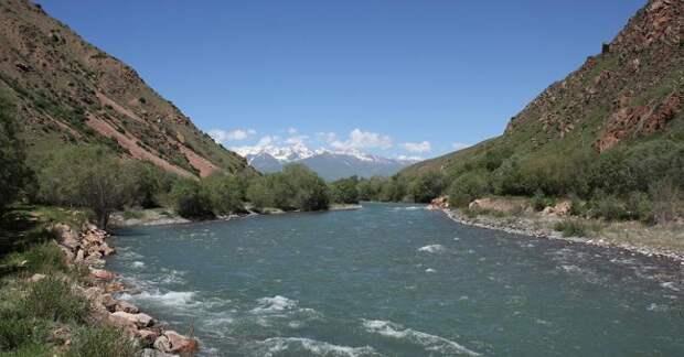 Казахстан увеличил долевое софинансирование используемых с Кыргызстаном речных сооружений