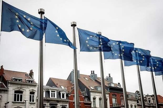 ЕС не будет публично обсуждать возможность введения новых санкций против России