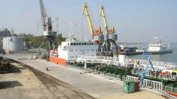Таганрогский порт оштрафовали из-за насосной станции без разрешения наэксплуатацию