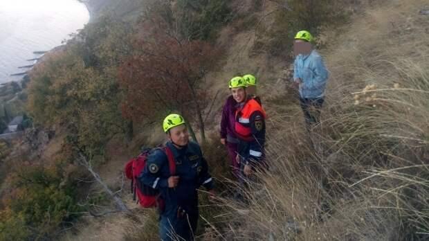 Две девушки из Москвы застряли на горе Кастель