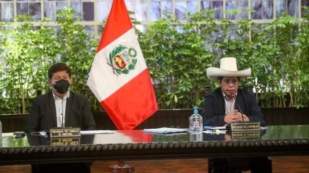 СМИ: Оппозиция Перу пытается сместить министров, обвиненных в связях с боевиками