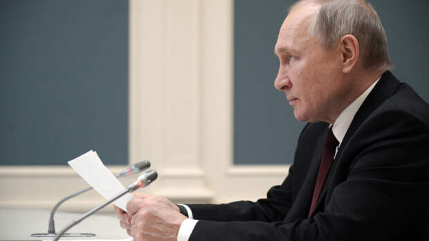Озвучен заработок Путина по итогам 2020 года