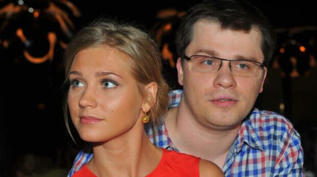 Имитация вечная: Харламов пошутил над причиной развода с Асмус