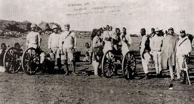 Николай Леонтьев и эфиопские солдаты
