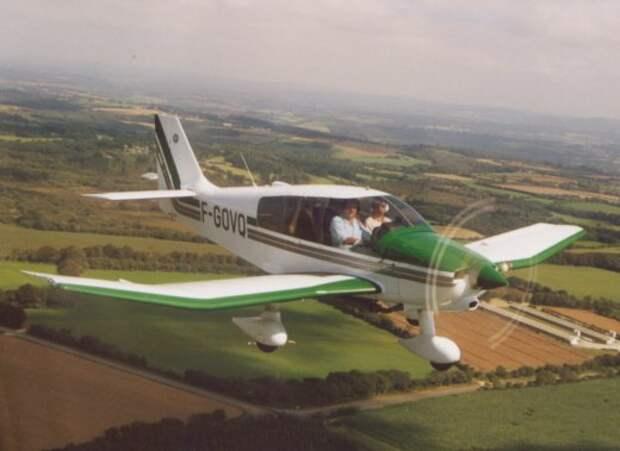 Пятеро погибли при столкновении двух самолётов во Франции