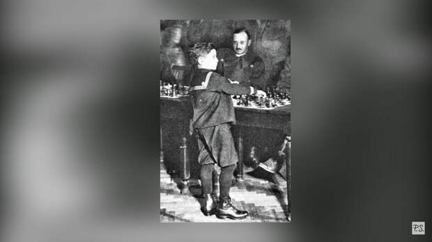 Пятилетний «мальчик в шортах», которого боялись все шахматисты и никто не мог обыграть.