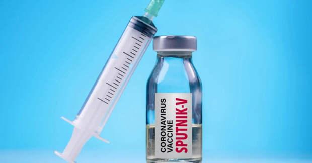 Вакцина «Спутник V» пугает прибалтийские власти даже своим названием