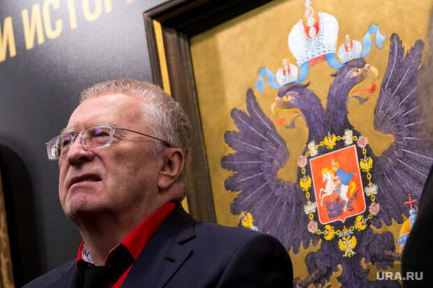Жириновский хочет сдвинуть сроки начала учебного года. «Пусть все сидят наюге»