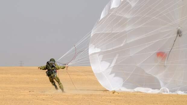 Военнослужащие ЗВО выполнят 1000 прыжков в ходе десантной подготовки под Псковом