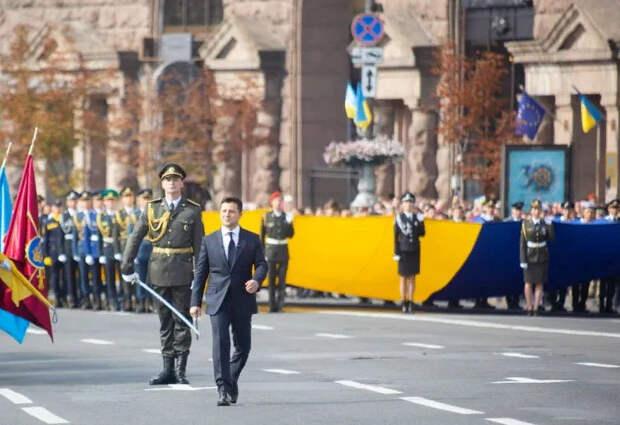 Новости стационара:Армия Украины на параде Дня незалежности показала себя во всей своей нищете