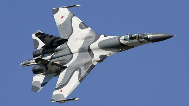 Экипажи Су-27 предотвратили вторжение самолетов ВВС Франции в небе над Черным морем