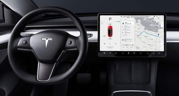Илон Маск не сдержал слово: беспилотники Tesla не появятся
