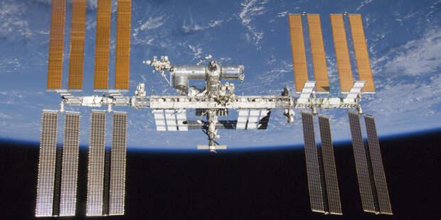 Космонавт Рыжиков передал командование МКС американке Уолкер