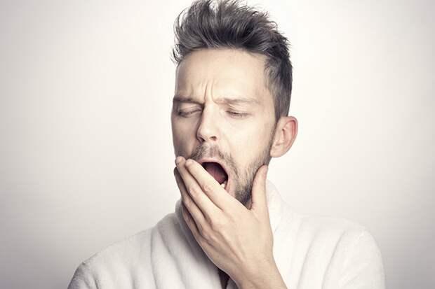 «Уснуть без таблеток»: врач рассказала, как побороть бессонницу