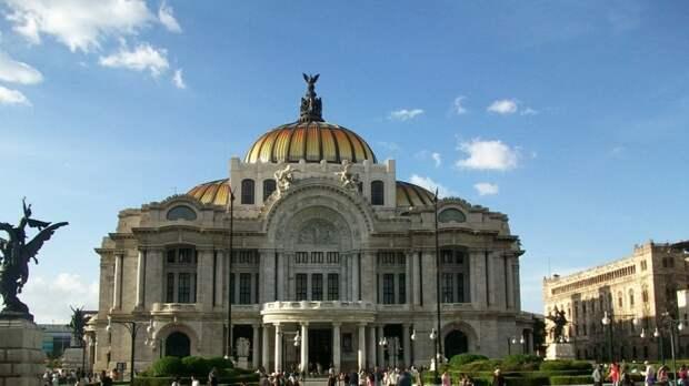 Мексика упрекнула США во вмешательстве во внутренние дела страны