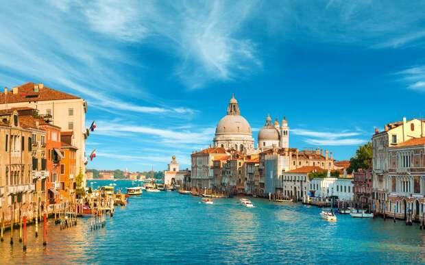 Насладитесь архитектурными особенностями Венеции