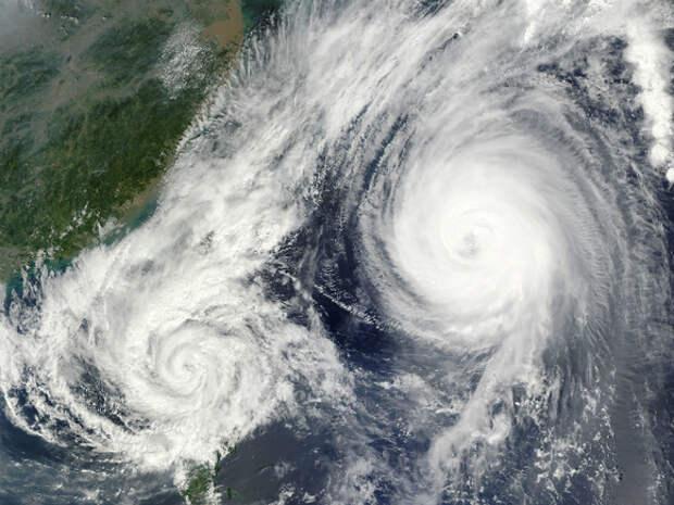 В Индии циклон «Тауктаэ» продолжает убивать: в списках погибших и пропавших более 100 человек