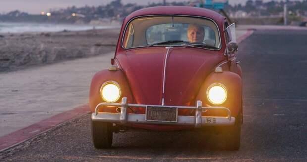 Volkswagen бесплатно отреставрировал Beetle, которым женщина владеет больше 50 лет volkswagen, volkswagen beetle, авто, автомобиль, реставрация