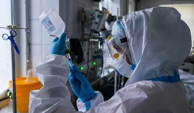 Число заразившихся COVID-19 в России достигло почти 3 миллионов