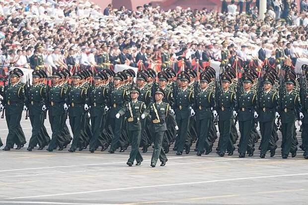 В Китае законодательно запретили клеветать на военных