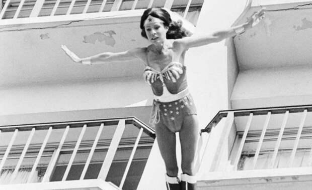 В США скончалась установившая мировой рекорд скорости гонщица Китти О'Нил