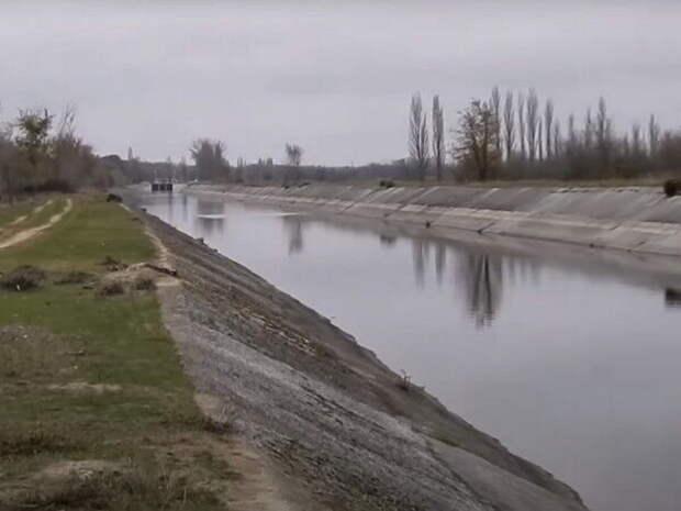 В Киеве раскрыли, кто помог России снять водную блокаду Крыма