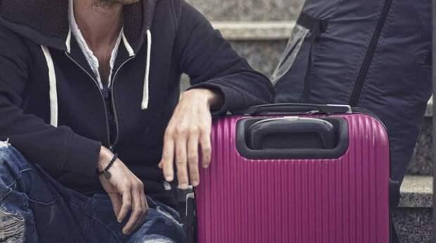 Что нужно обязательно положить в чемодан: лайфхак от стюардессы