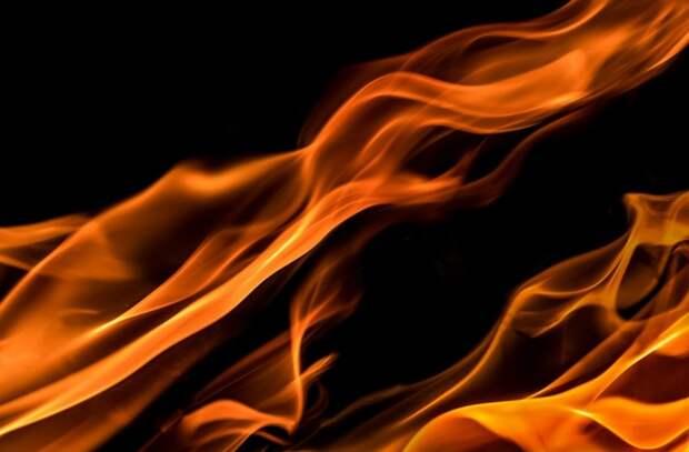 На Башиловской произошло возгорание столба