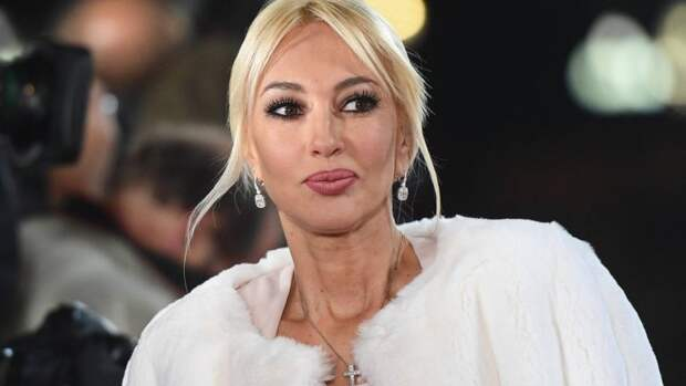 Лера Кудрявцева призналась, что муж перестал называть ее сексуальной